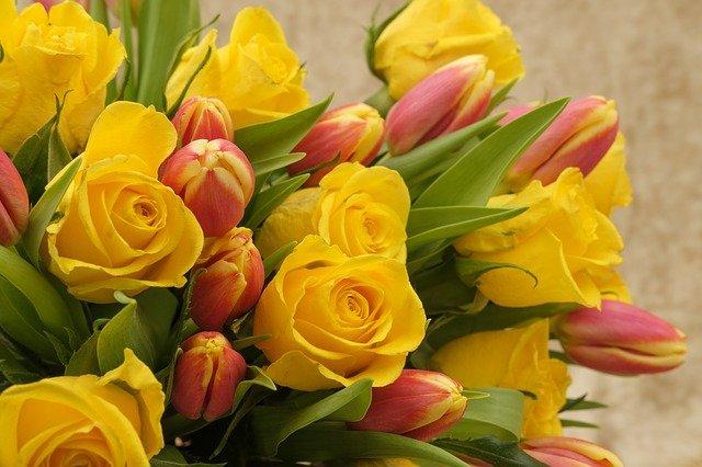 kominovaná kytice